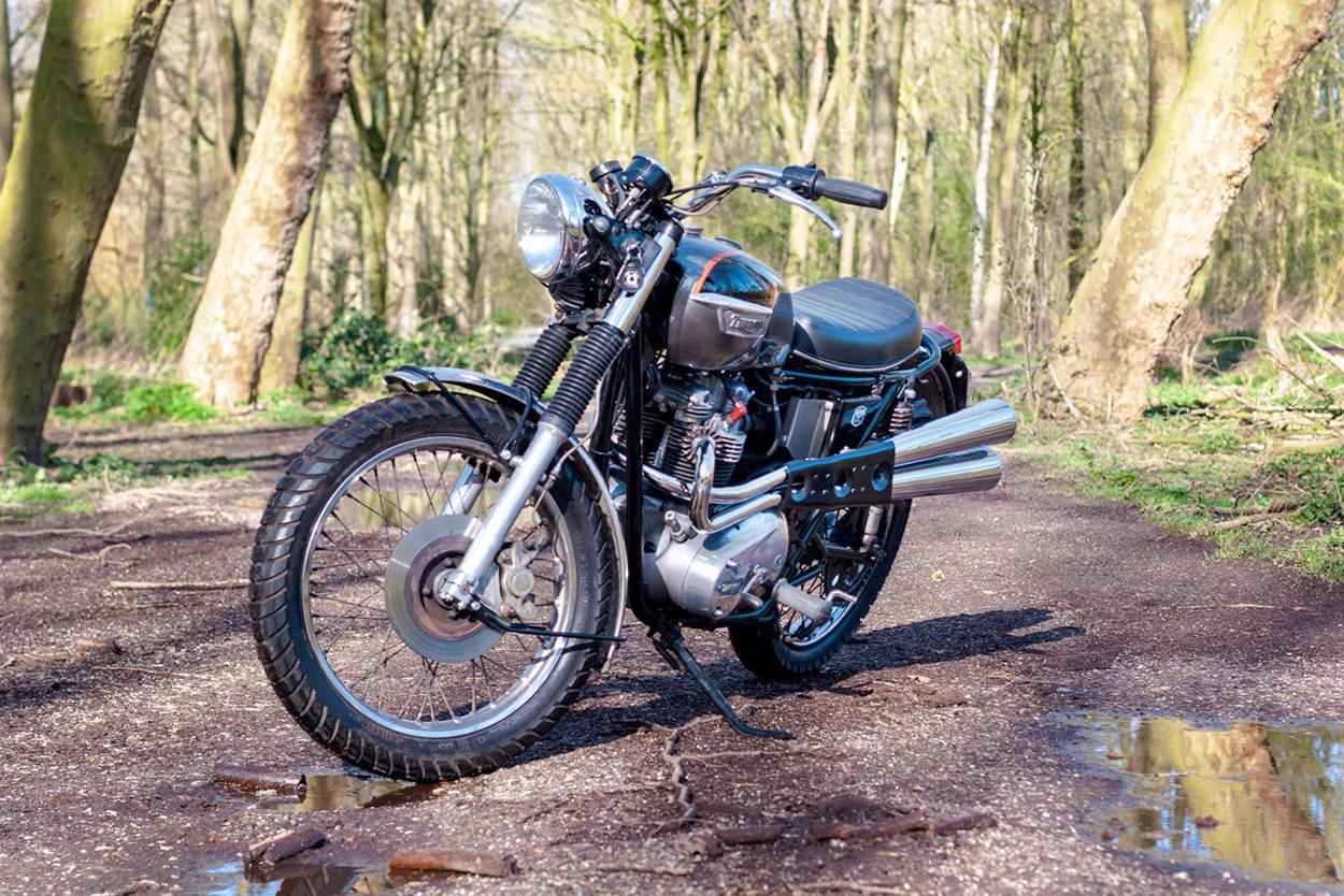 Triumph T140 desert sled by Kruk Custom