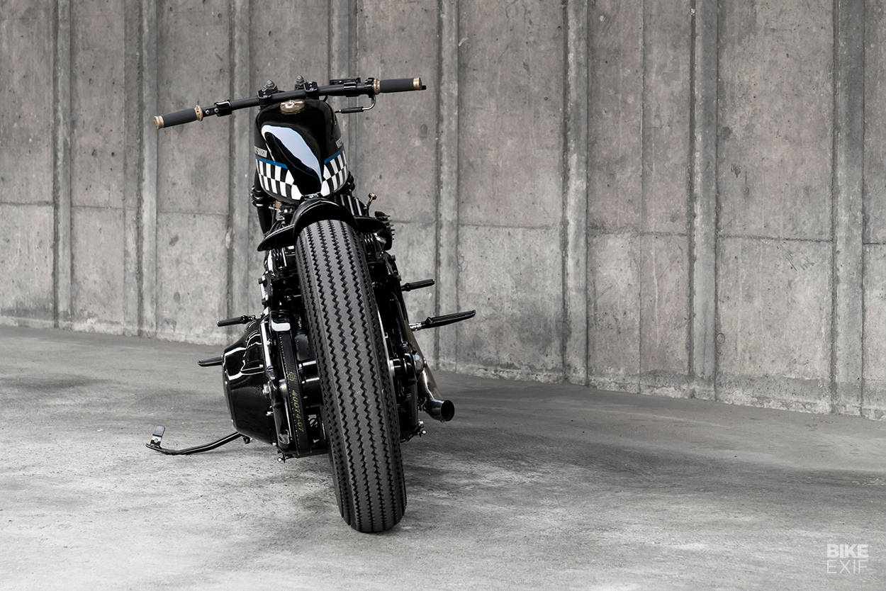Kumram: A custom Heritage Softail Classic from Aoo Design of Bangkok