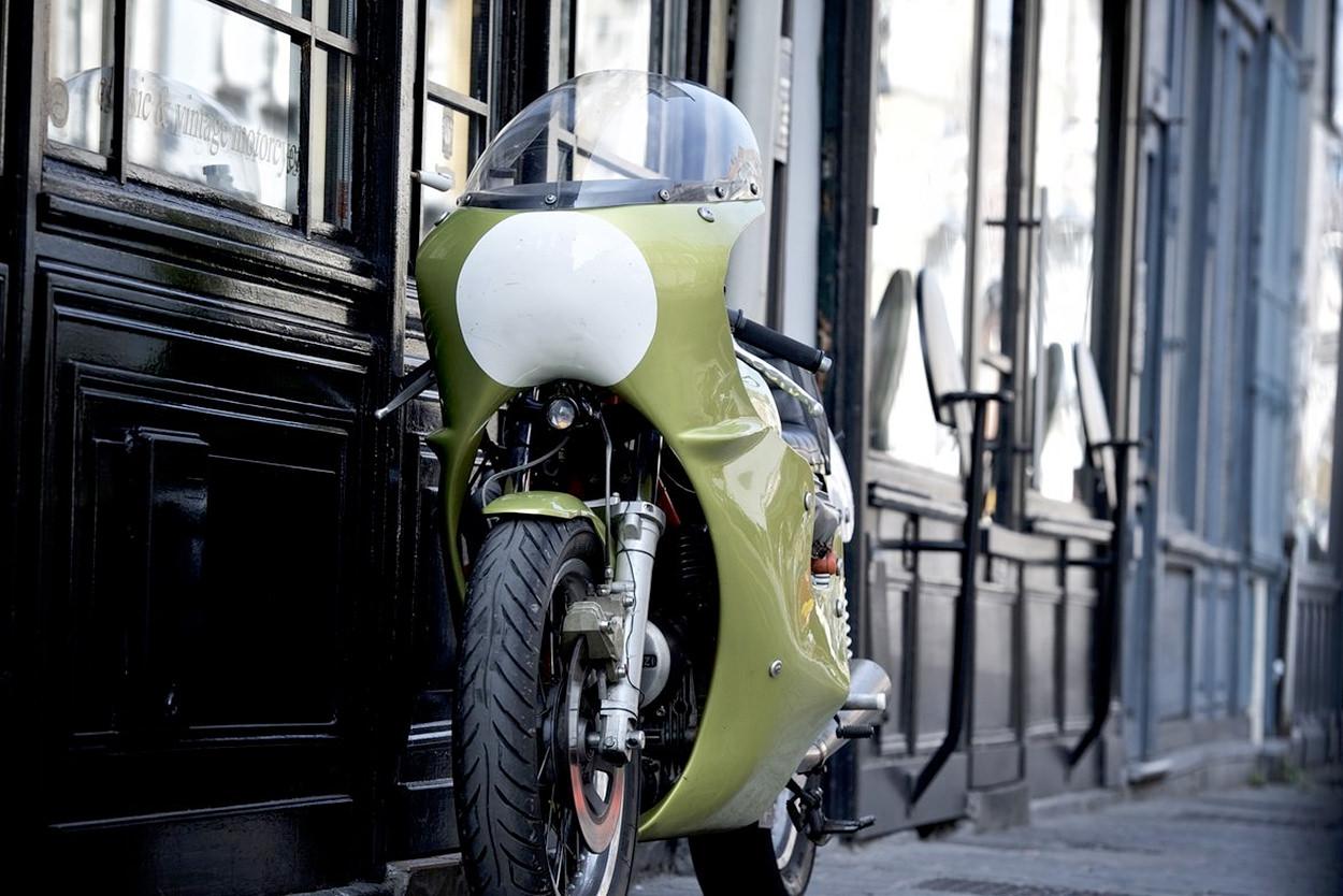 Moto Guzzi V7 Sport endurance racer