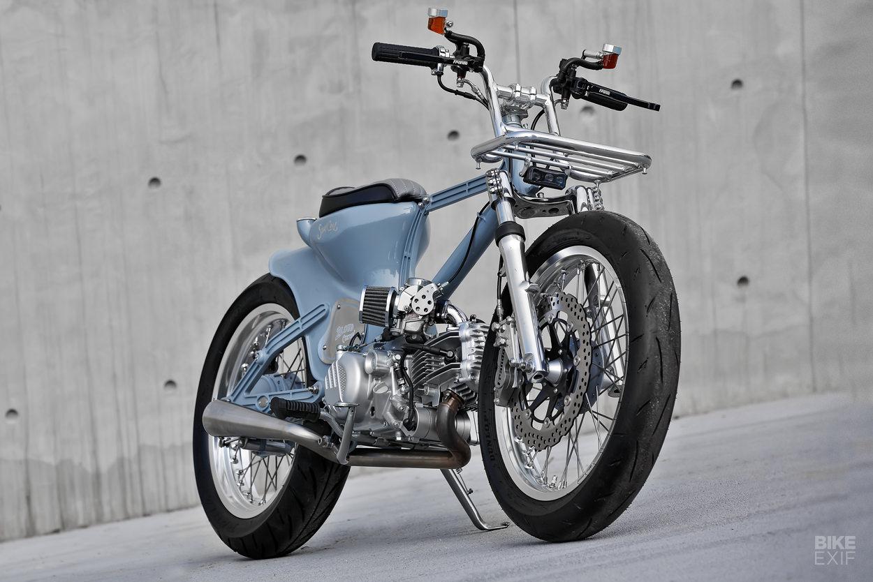 Little Wonder: A custom Honda Cub from 2LOUD