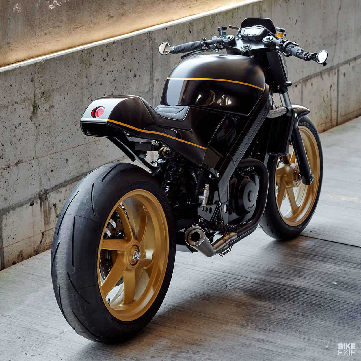 Honda Hawk GT 650 cafe racer by Analog Motorcycles