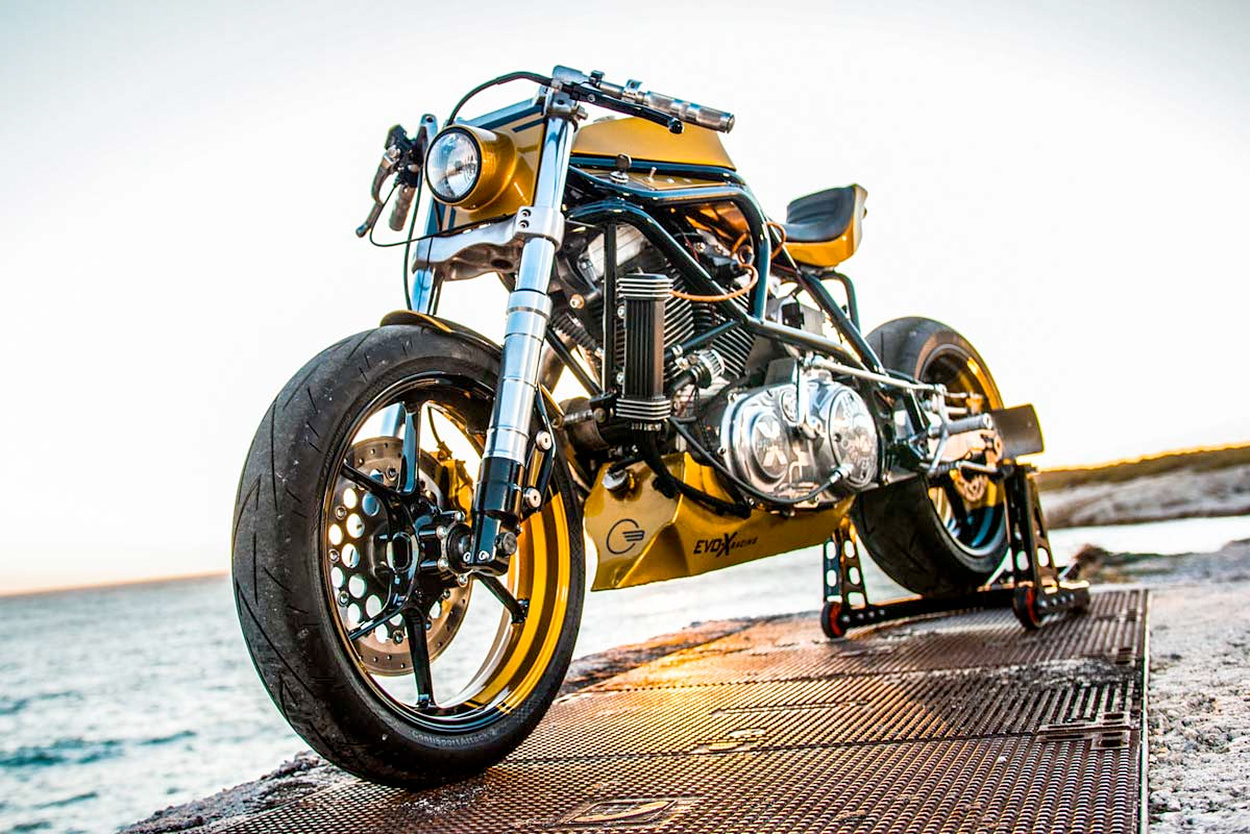 Buell M2 Cyclone cafe racer by Taverne Motorcycles