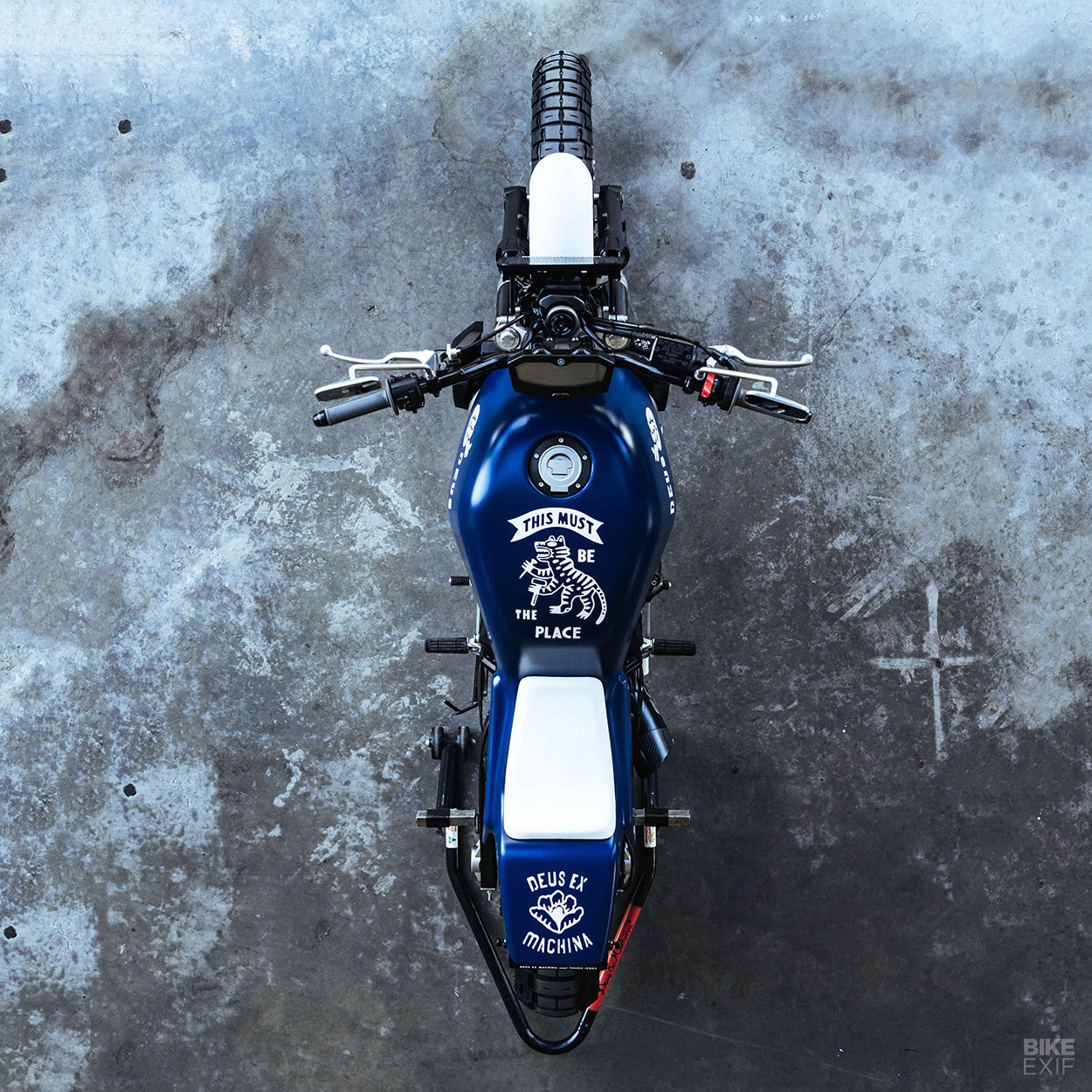 Deus mods the Yamaha MT-07 with a sharp new custom kit