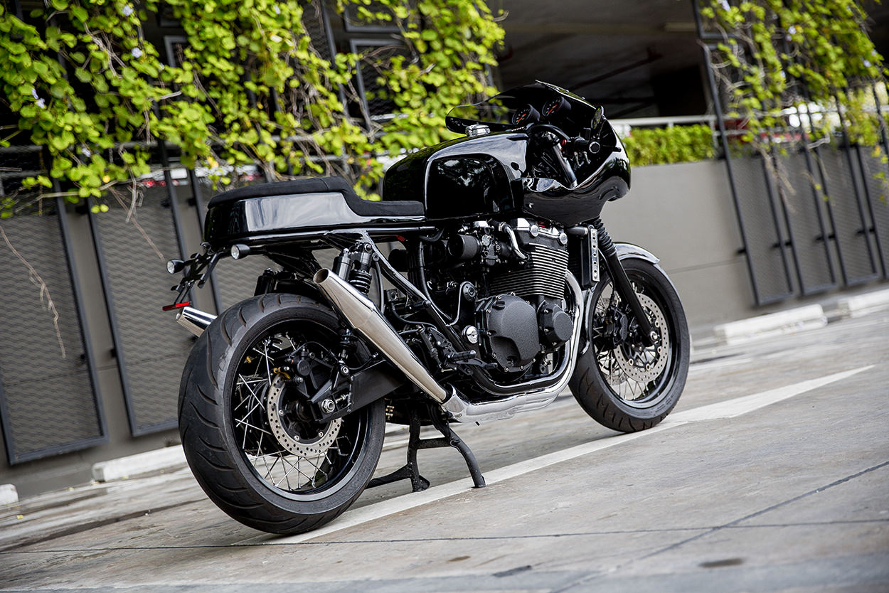Honda CB1300 cafe racer by Thomas Danet