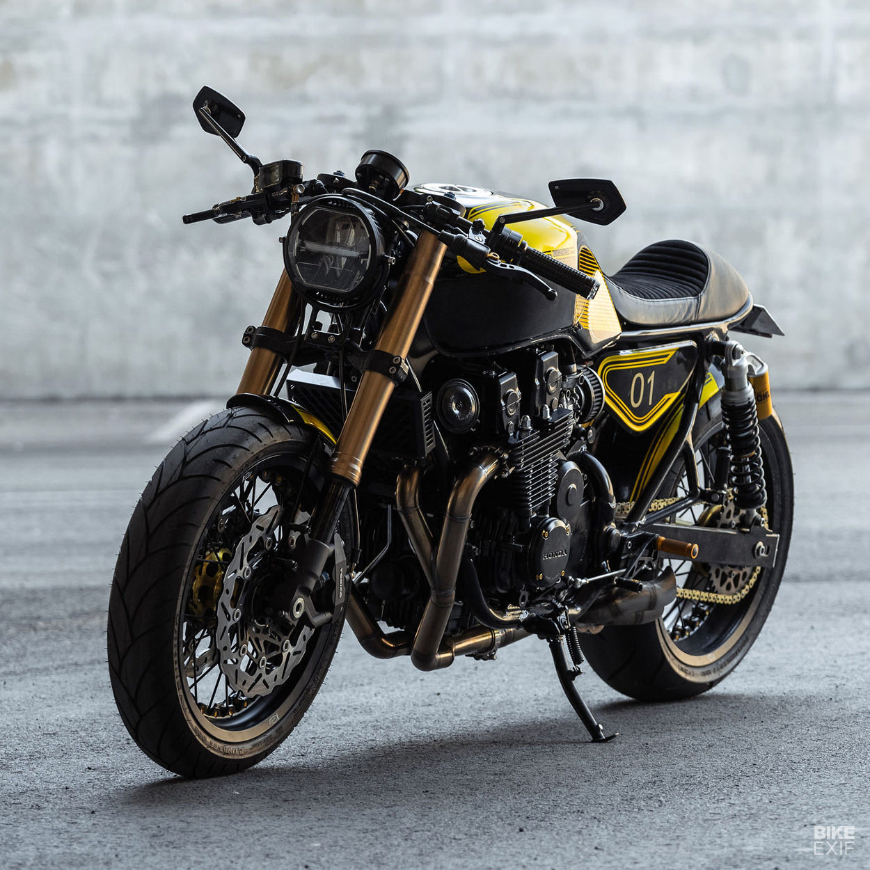 Honda CB 750 Seven-Fifty cafe racer by Unik Edition