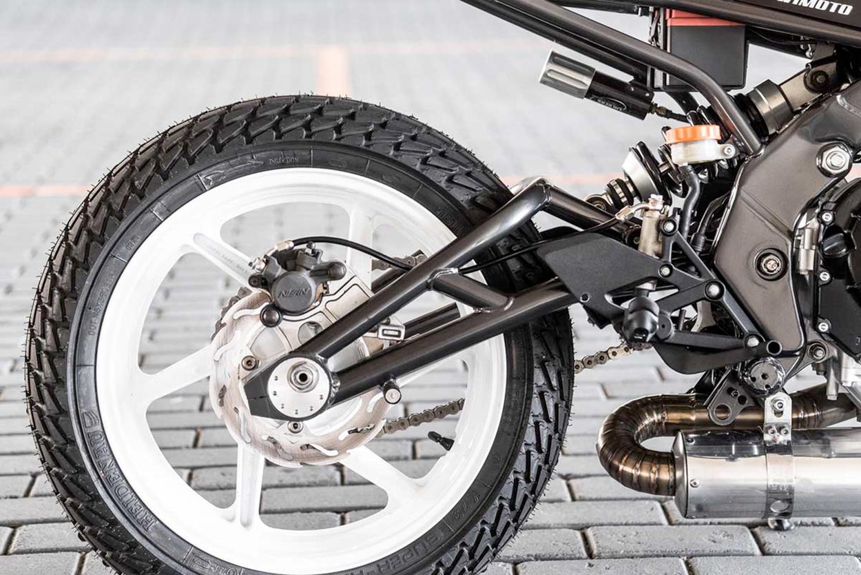 Honda CBR600 F2 by WiMoto