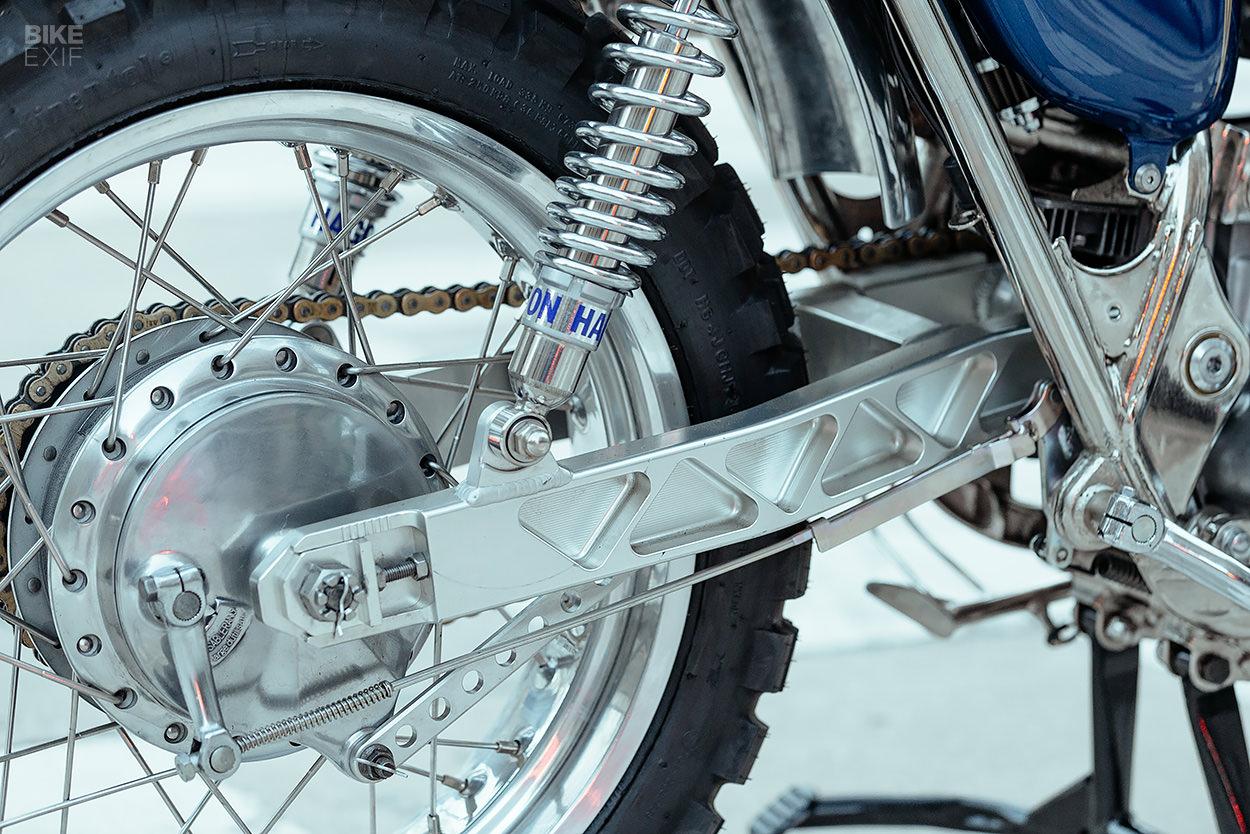 Kawasaki W650 desert sled by Dirty Dick's Motos