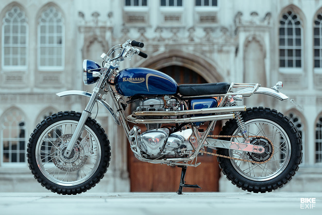 Kawasaki W650 desert sled by Dirty Dick's Motos
