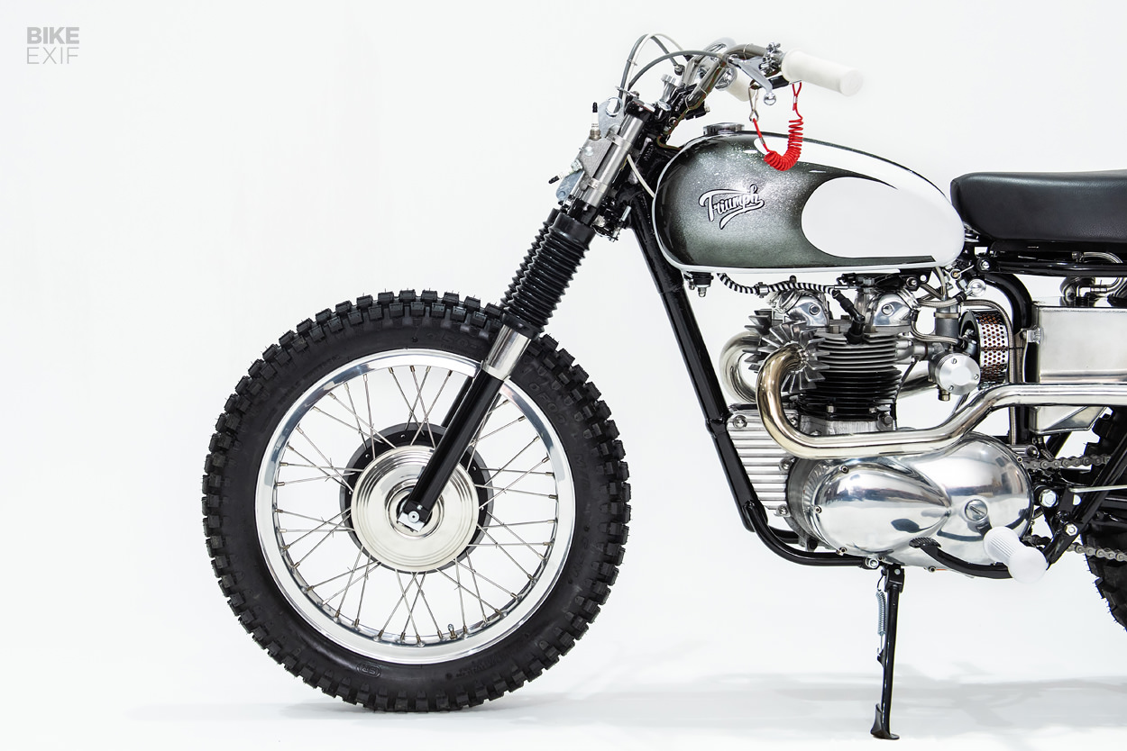 Triumph T100R Daytona desert sled by Retrograde