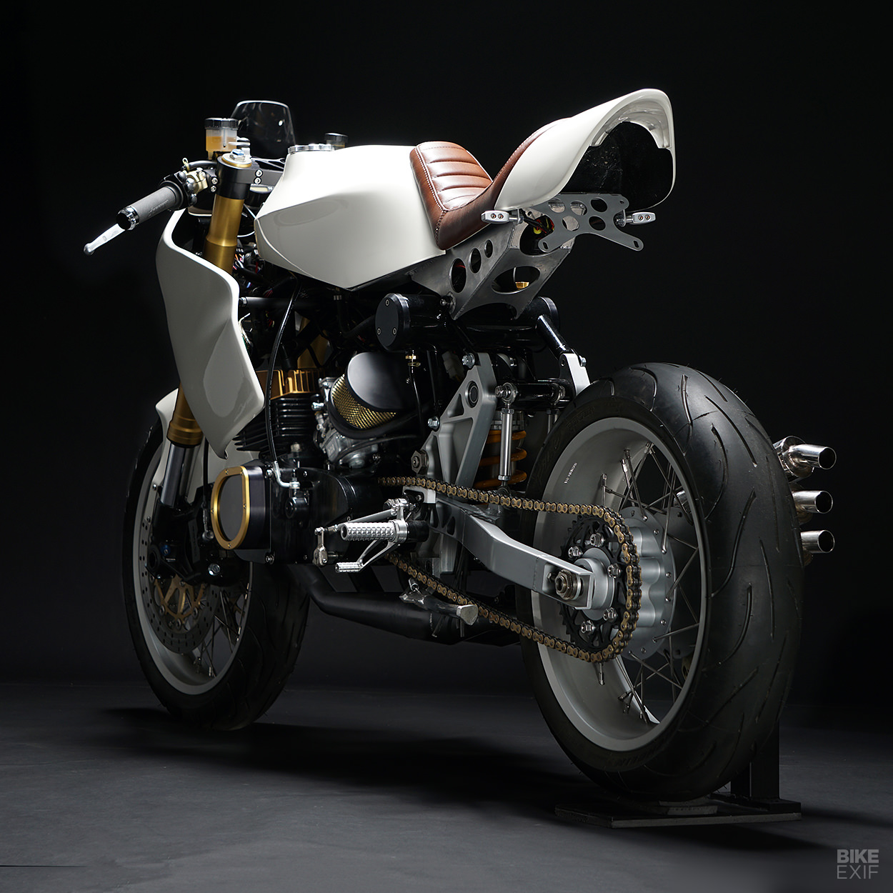 Custom Suzuki GT380 by The Motoworks