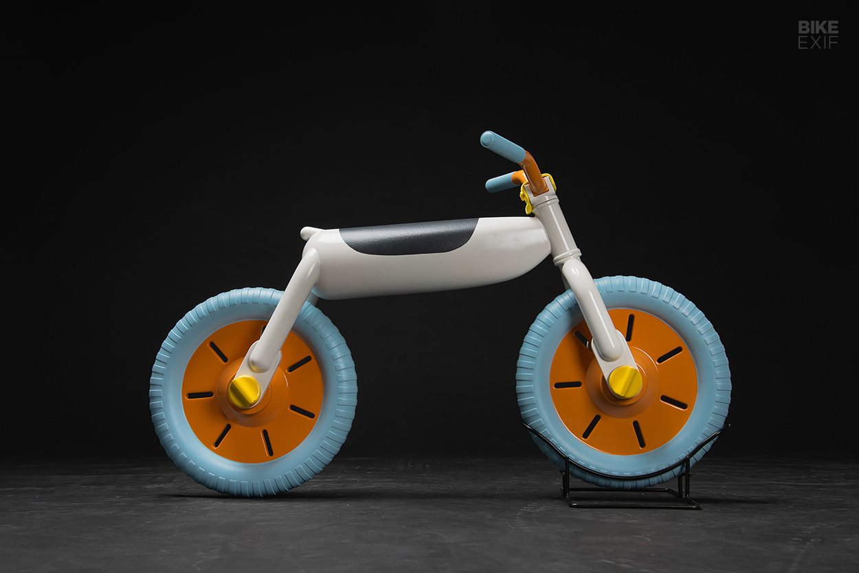 Vingla push bike by Rasmus Steyner Randén