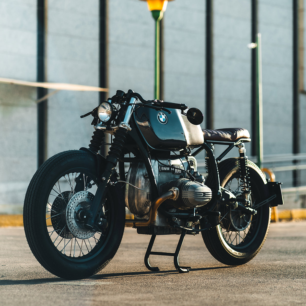 BMW R100 cafe racer by Ønix Design