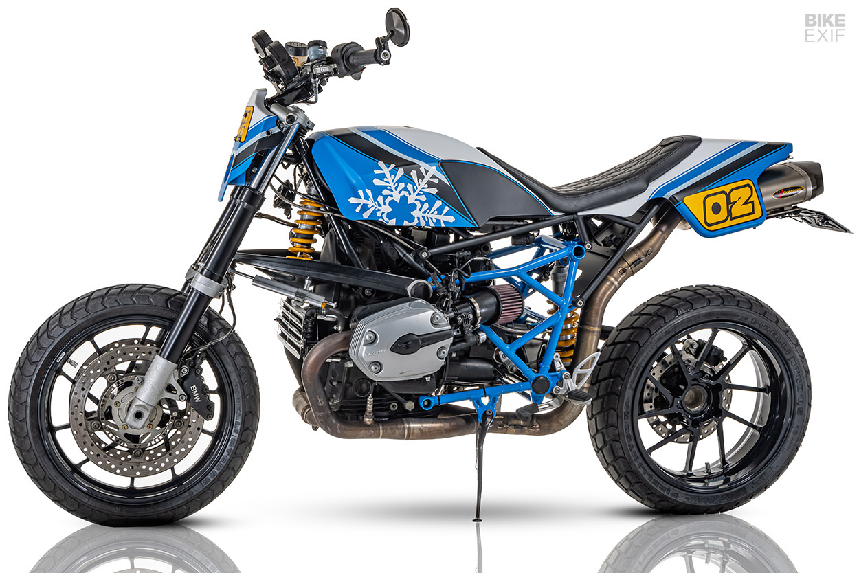 Custom BMW R1200S street tracker from Winterless Craft of South Korea