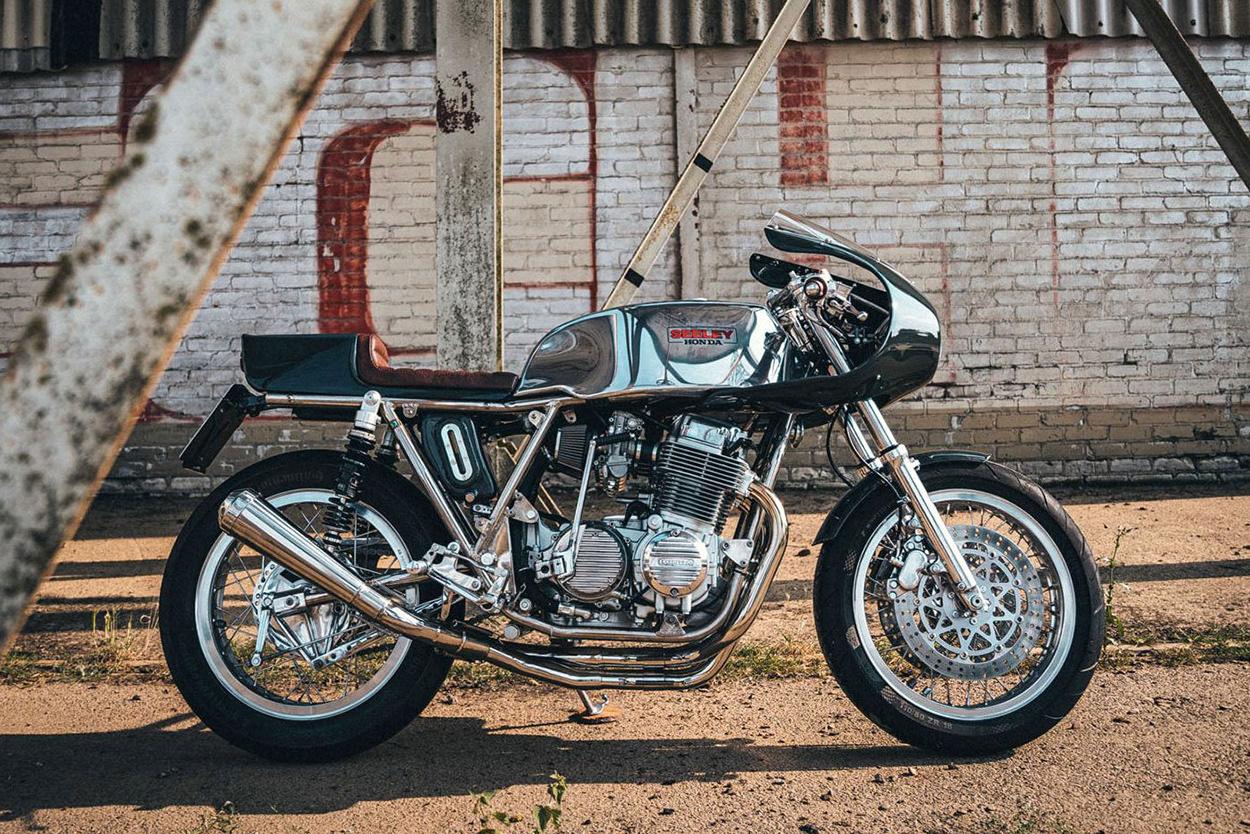 Seeley Honda CB750 cafe racer