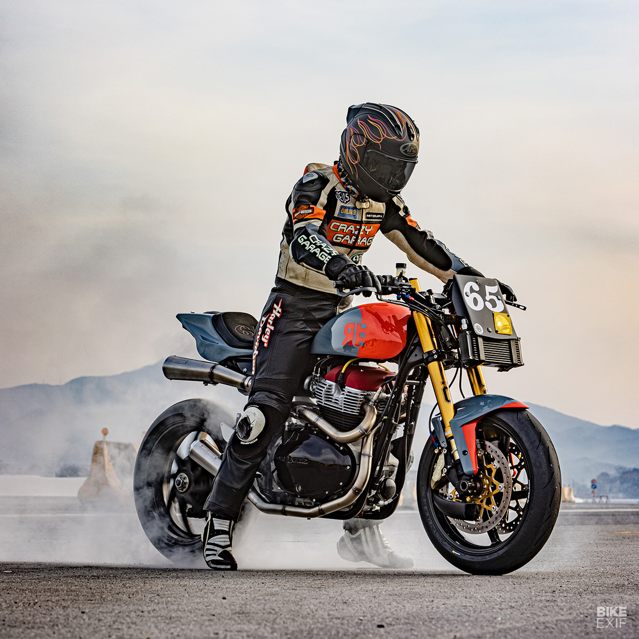 Royal Enfield GT650 racing motorcycle by Crazy Garage