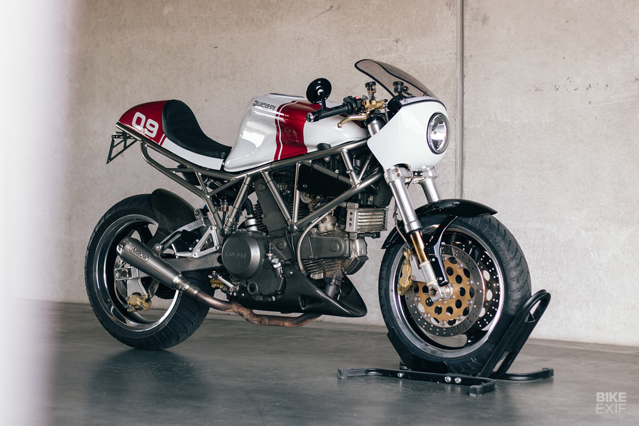 Ducati 750 Supersport cafe racer by Kaspeed
