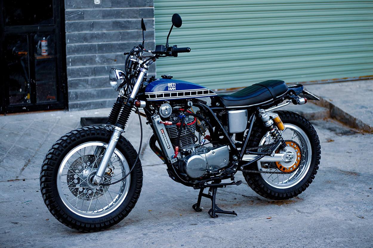 Yamaha SR400 by DOTi Motorcycle