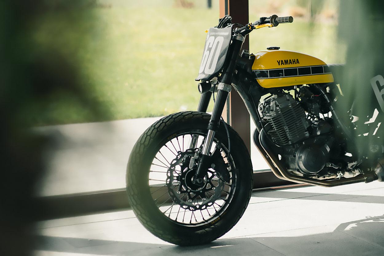 Yamaha XT600 street tracker by Wayders