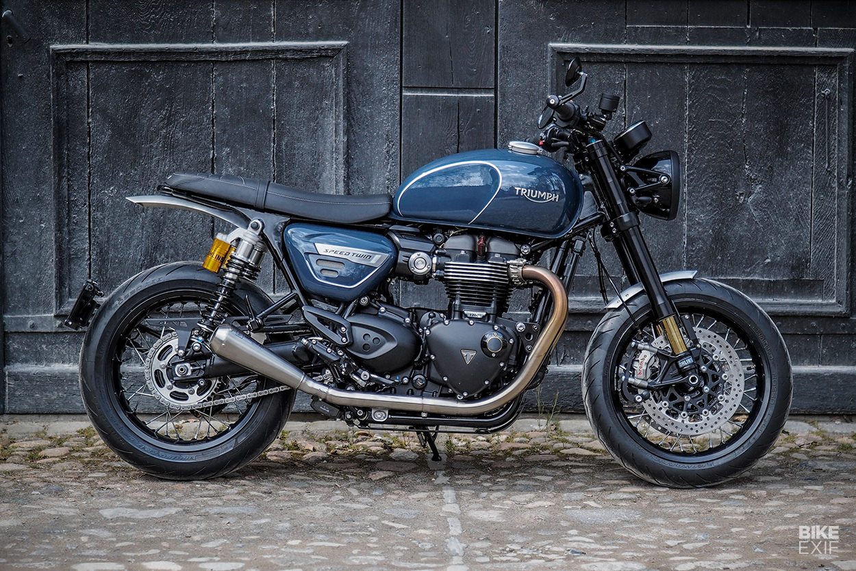 Custom Triumph Speed Twin cafe racer by Chris Raisch