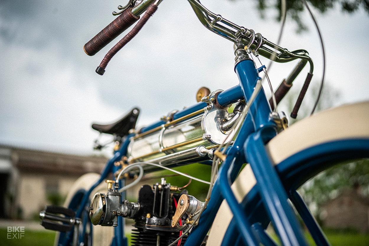 Hand built vintage-style motorcycle by Plasma Custom