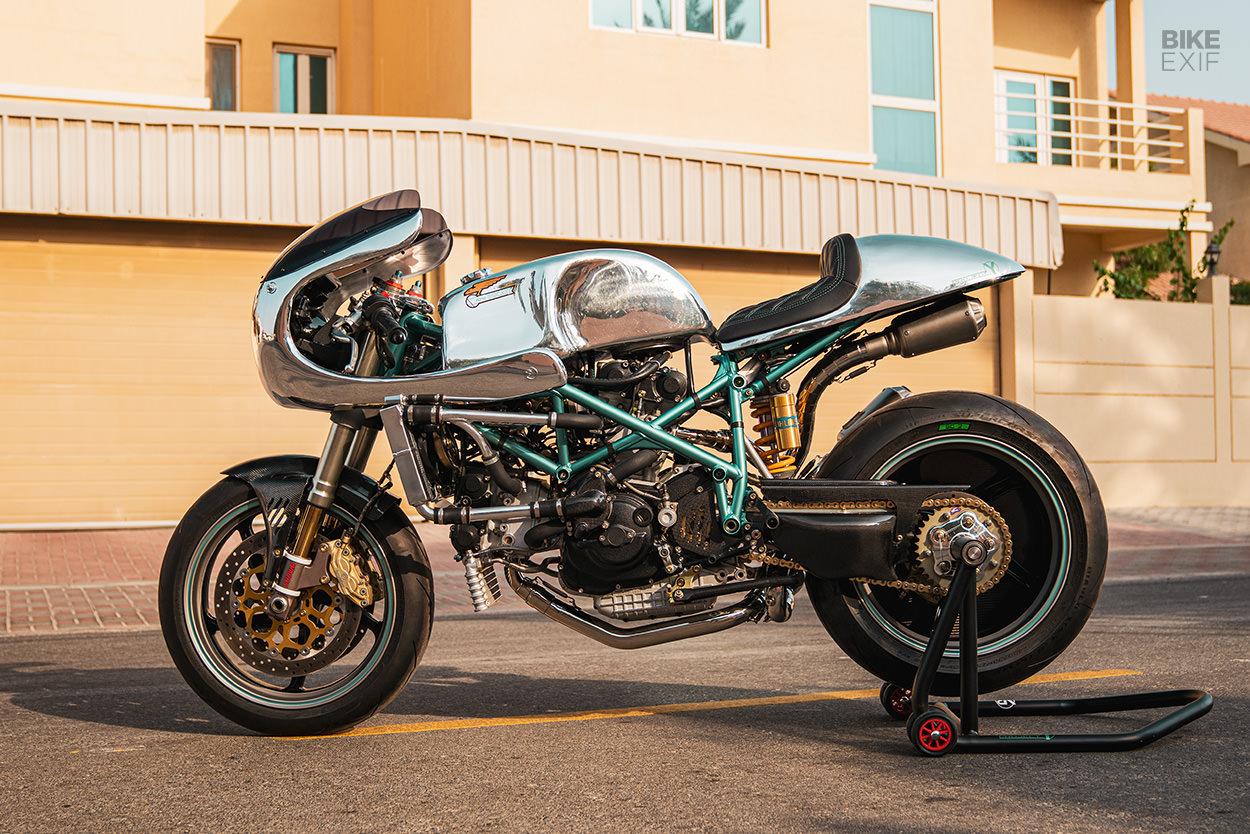 Ducati 996 cafe racer by VR Customs