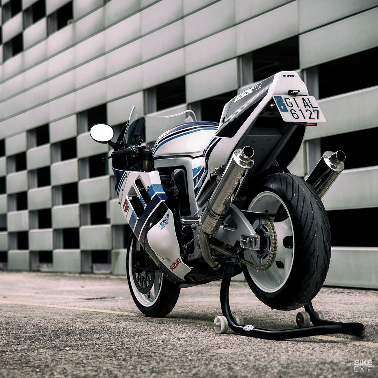 Suzuki GSX-R1100 restomod