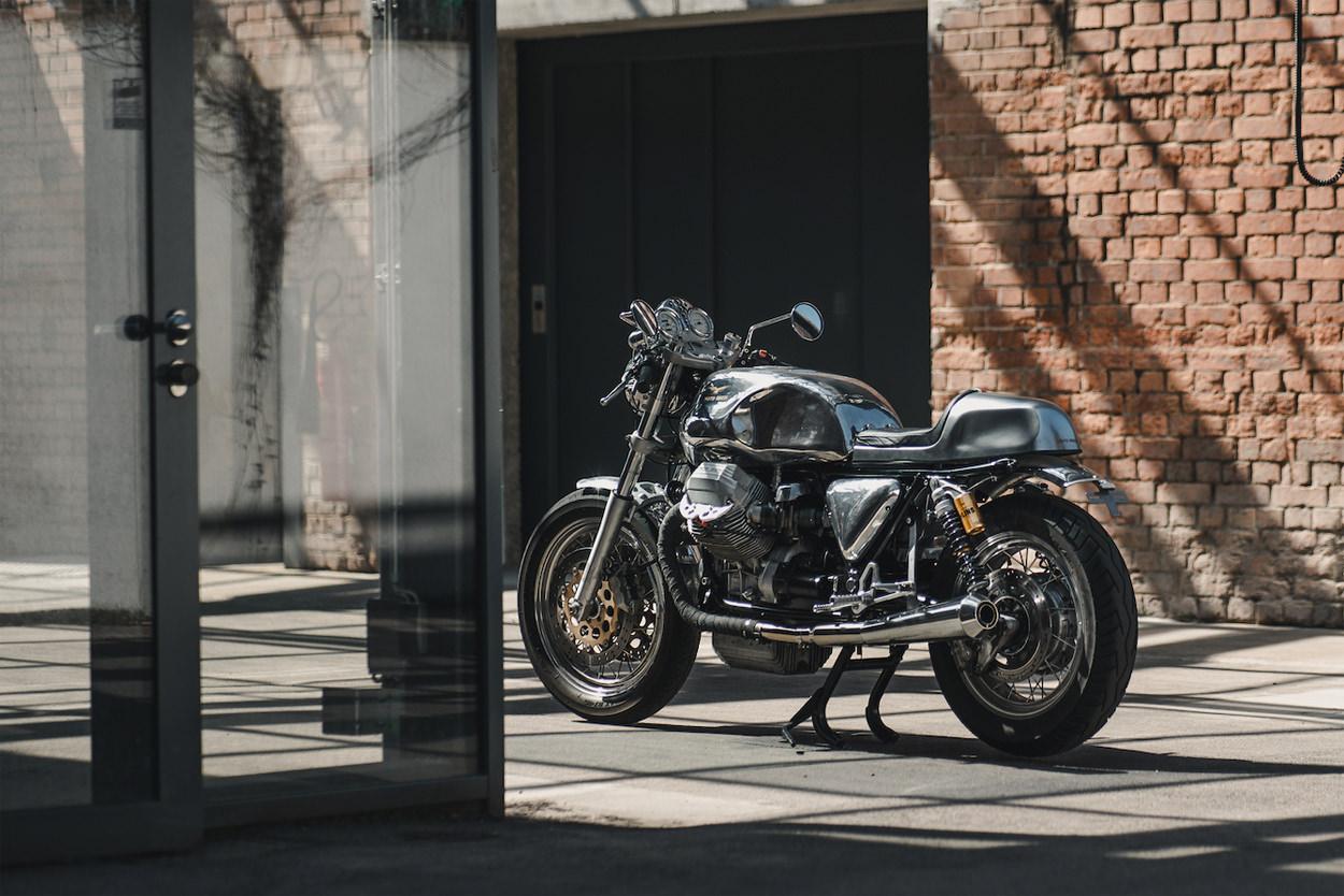 Moto Guzzi California cafe racer by Bernd and Robin Mehnert