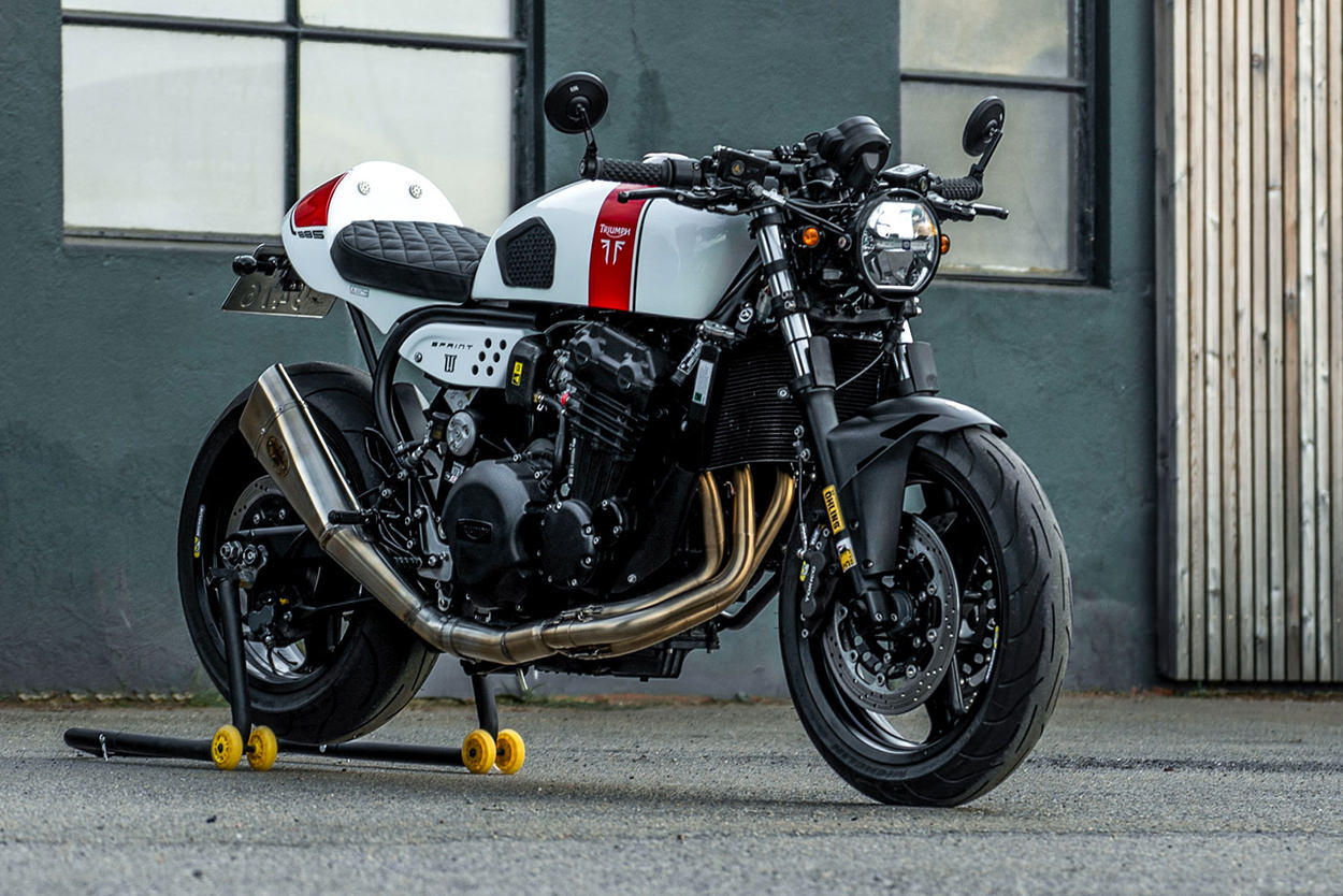 Triumph Sprint 900 by Tomas Wrede