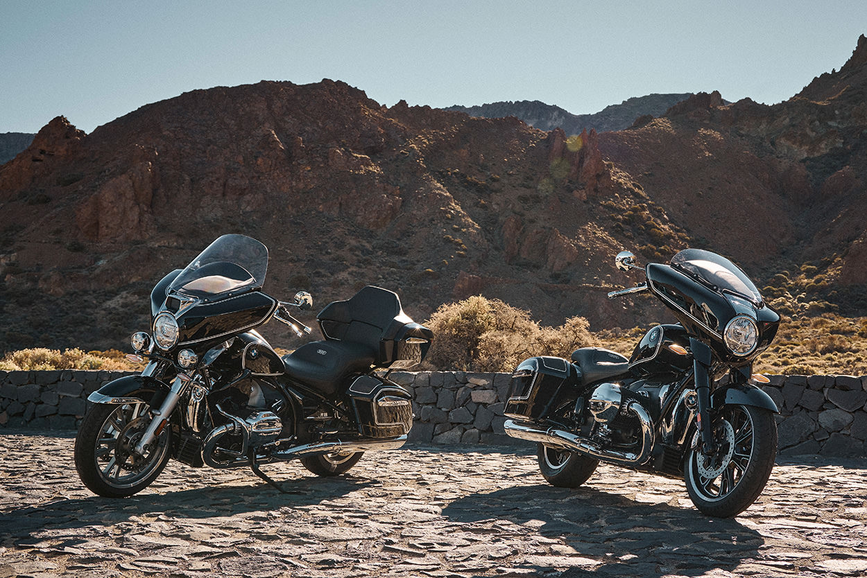 BMW R18 Transcontinental and R18 B touring motorcycles