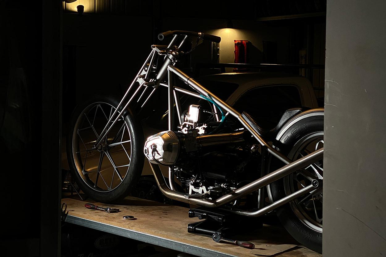 BMW R nineT chopper by Nigel Petrie
